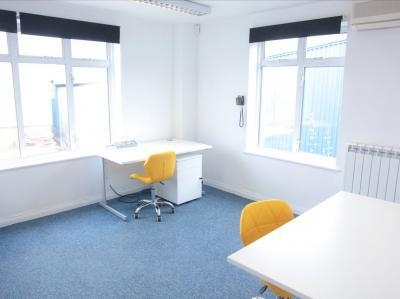 36ef2eb13ae607222b451bb5d0b0fecf IncuHive | Office Space Rental Low Cost Start-Up |