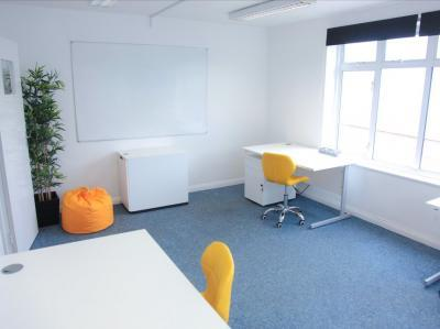 6ced9dd6b652671bb655d5ac00bbf510 IncuHive | Office Space Rental Low Cost Start-Up |