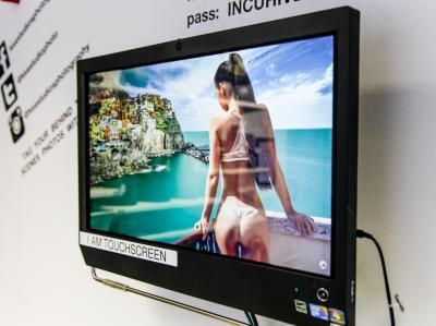 72e543d8f845a8704d52044510d33145 IncuHive | Professional Photo/Video Studios to Hire |