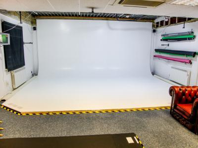 7674e5e3d7b47492d290ed60fcb5412c IncuHive | Professional Photo/Video Studios to Hire |