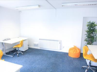 9f9d357720c1da9f748f07f9726128a2 IncuHive | Office Space Rental Low Cost Start-Up |
