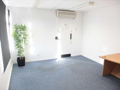 d42547f0c85e192dcc8178e33e61182d IncuHive | Office Space Rental Low Cost Start-Up |