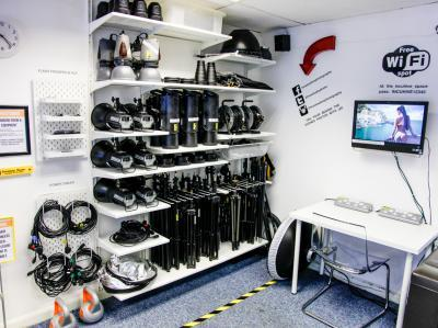 d7cd9022b49cb492bede1c9801983b8f IncuHive | Professional Photo/Video Studios to Hire |