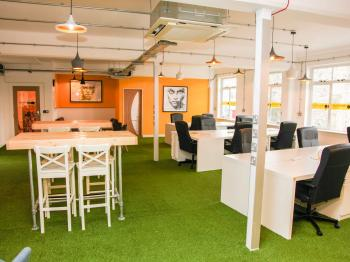 278775dbc07ce16667b6f7e587389126 IncuHive | Southampton | CoWorking | Business Space