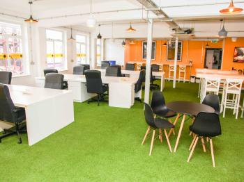 ec6d9908b926d14a12f23d0ebe5f4c0a IncuHive | Southampton | CoWorking | Business Space