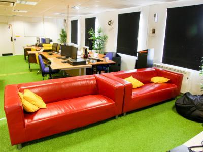 2ffa2b45c2b3b40d6171b03ac0cb7423 IncuHive | Our General Co-Working Space Facilities |