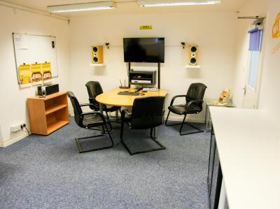 9ab6a2a062582f6155d7f7d213ddca03 IncuHive | Our General Co-Working Space Facilities |