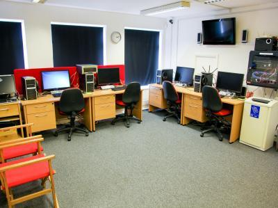 a37e9ce3479f7e526eeb03ba2d34b304 IncuHive | About IncuHive CoWorking Spaces UK Wide