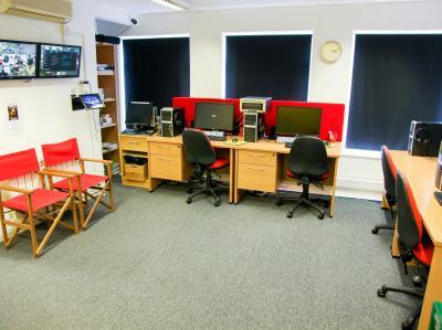 afe6d83f0122d78e44b9b7d4b1f1c97c IncuHive | About IncuHive CoWorking Spaces UK Wide