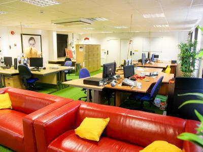 b246376e374ec6644cf98178f75555b4 IncuHive | Meeting Spaces For Hire By The Hour |
