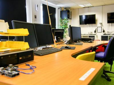c3c052dae647a99b54eb045b974d6dec IncuHive | Meeting Spaces For Hire By The Hour |