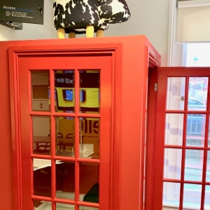 141593530753WinchReceptionPhoneBox1 Winchester Office Space