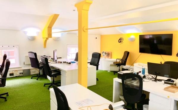 151593532618WinchSparkRoom2 Winchester Dedicated Desk Space